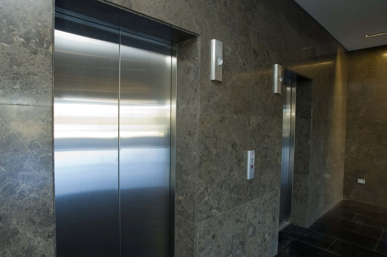 Lift surround wall marble cladding.